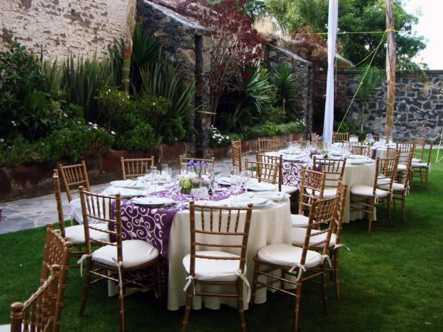 Jardines y salones para eventos hotel hacienda la venta for Jardines pequenos para eventos df